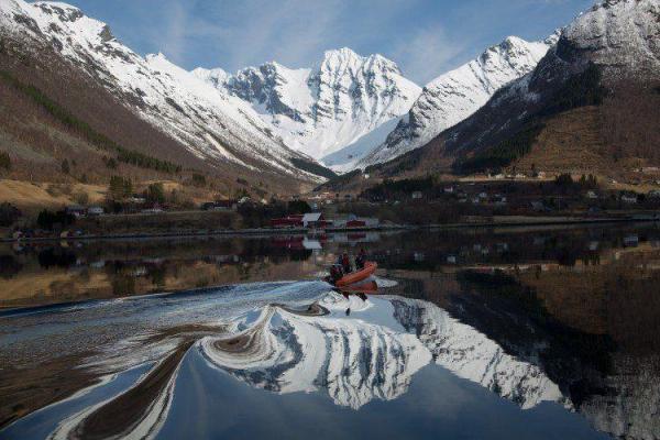 köp mountain reflection naturbilder | felix oppenheim